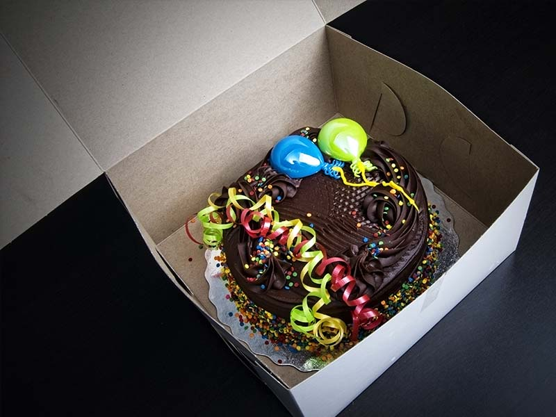 Food Packaging - Cake Box